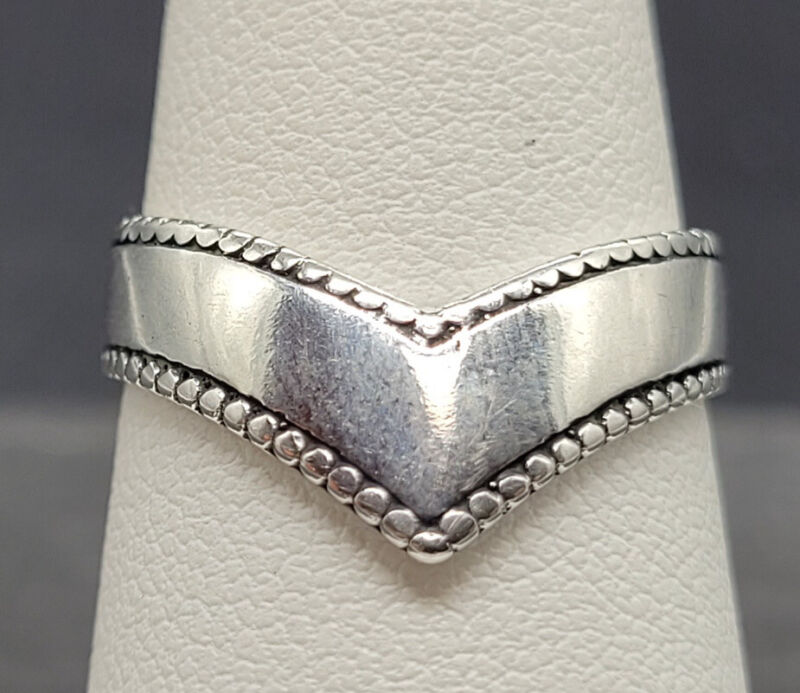 Vintage 925 Sterling Silver Modernist Chevron Ring Size 8