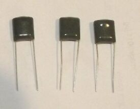 100 off 100nf 100v 7.5mm pitch polyester capacitors.