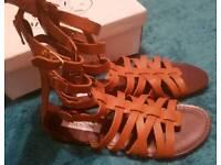Steve Madden Ceaserr Tan Leather Sandals