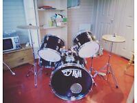 Drum Kit (black mamba)