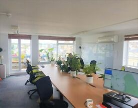 Beautiful offices to rent with balcony access