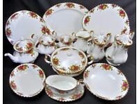 Wanted - Royal Albert china dinner, tea, coffee set, Old Country Roses, Moonlight, Lavender Rose etc