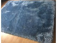 brand new blue fancy mink style rug ,very thick size 160cm width and 230 cm long