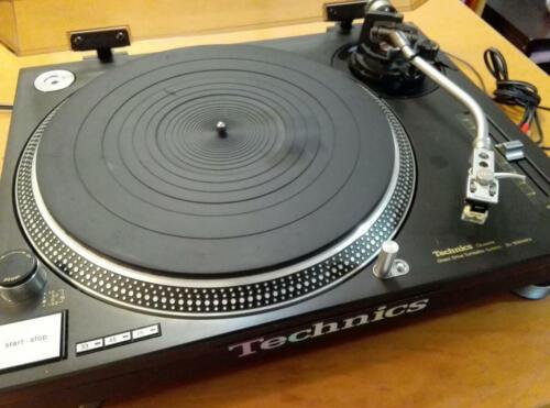 Technics SL-1200 MK4 Direct Drive DJ Turntable