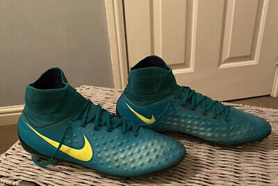 Nike Magista Football boots - Size 10