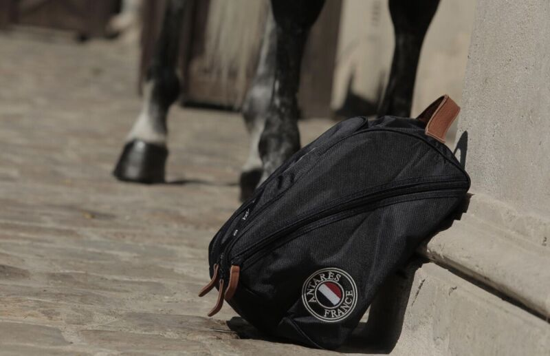 Antares Helmet Bag