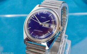 VINTAGE-TIMEX-SATIN-BLUE-FACED-MENS-1979-MECHANICAL-DAY-DATE-WATCH