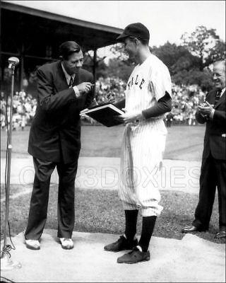 Babe Ruth George H W Bush 1948 Photo 8X10 Yankees Us President Yale Mlb Hof