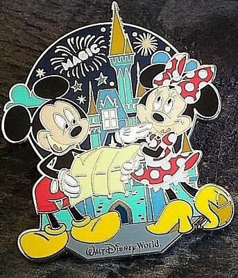 New Disney Parks Exclusive Magic Kingdom Birthday Mickey Mouse Trading (Magic Kingdome)