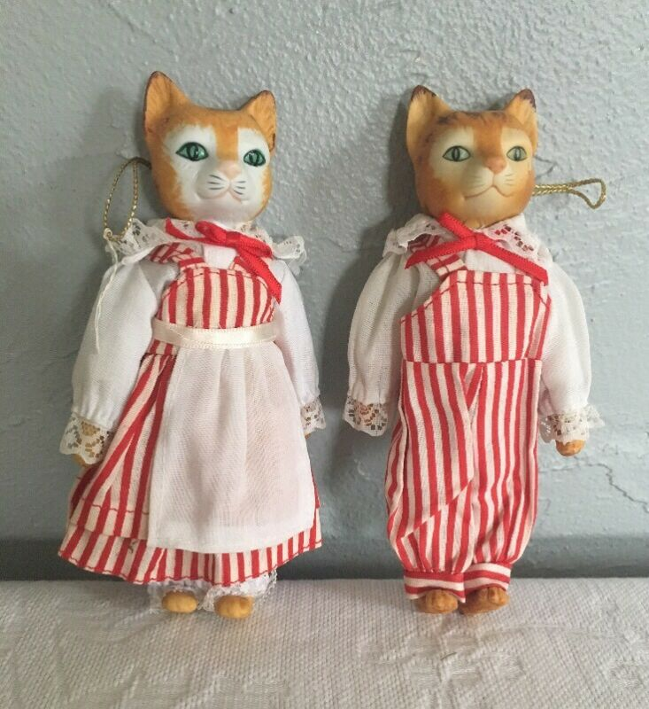 Bisque Cat Ornaments (2) In Christmas Holiday Outfits Vintage Taiwan Made Dolls