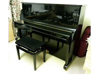 Wendl & Lung 122 piano, gloss black. Exceptional condition.