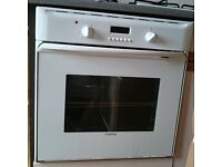 ARISTON FAN ASSISTED OVEN & ELECTROLUX GAS HOB