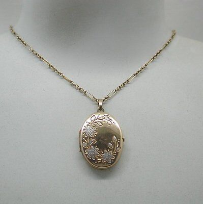 Beautiful Two Colour 9ct Gold Engraved Locket & Chain 9ct Gold Two Colour