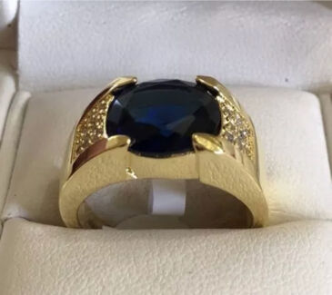 Mens 10K Solid Yellow Gold Filled Sapphire Ring. Size V (10.5). New