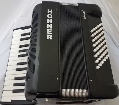 Hohner Bravo 48 Black Piano Accordion Acordeon +Instruction DVD_Bag_Straps_Shirt