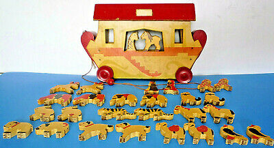 Vintage 1930s NOAH'S ARK PULL TOY by BUMPA TOYS, 26 Figures, 11.5