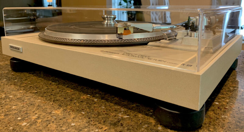 Pioneer PL-518 Turntable,Capped,Serviced,New Feet,Cover,AT96E,Excellent,L@@K(P)