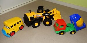 New Tonka Classic Steel Bulldozer/Frontloader, Cement Mixer & Bus Greensborough Banyule Area Preview