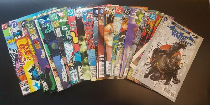 30 DC Comics Comic Book Gift Bundle Blind Bag