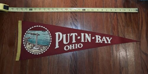 PUT-IN-BAY OHIO PERRY MEMORIAL FELT PENNANT 26 INCHES