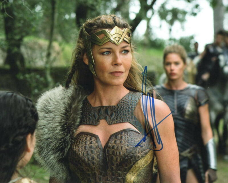 HOT SEXY CONNIE NIELSEN SIGNED 8X10 PHOTO WONDER WOMAN AUTHENTIC AUTOGRAPH COA C