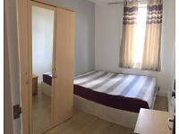 LOVELY DBL ROOM 1MIN TO LEYTON ST. ALL INCLUDED. MOVE IN ASAP