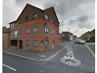 2 Bedroom Flat, Dunstable Town Centre, Recently Refurbished, Private Parking inc Council Tax