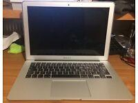 MacBook Pro Mid 2013 13 inch, 128GB, 4GB RAM, 1.3GHz, intel core i3
