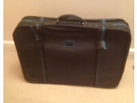 large suitcase Carlton black carry case