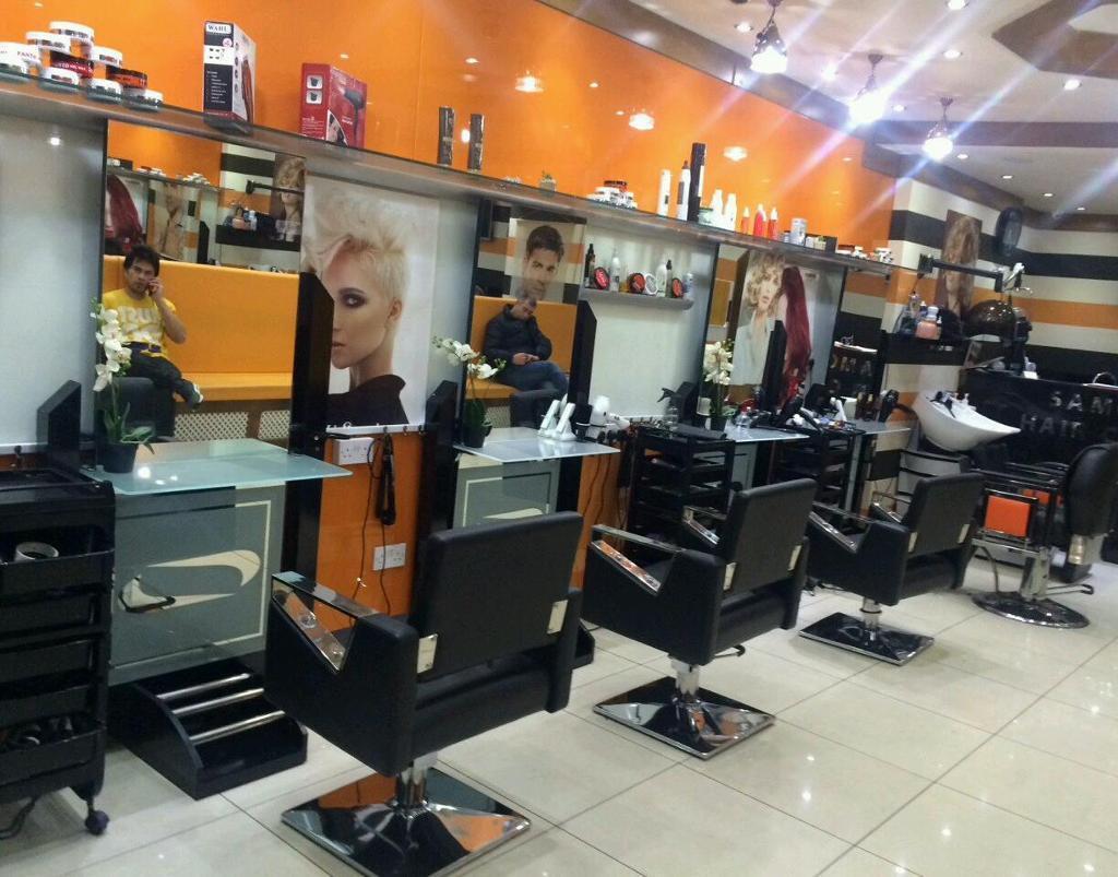 Barber Road Storage : ... ] - Unisex hairdresser for sale - Kilburn High Road - [Shop for sale