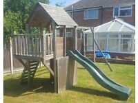 BalconyFort Searcher (Dunster House Climbing Frame with Swings and Slide)