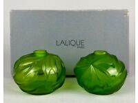 LALIQUE -SOLIFLORE ROYAL PALM- CLEAR/FROSTED GREEN CRYSTAL POSY VASE PAIR -BOXED