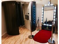 Photo booth / Magic Mirror hire service for weddings, parties and events! Customisable options!