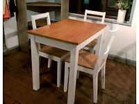 Small oak kitchen table and chairs