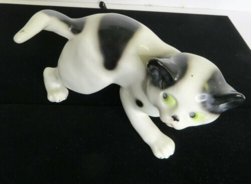 "Vintage Black & White Porcelain Cat Kitty Made in Germany  4"" x 7"""