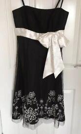 Debenhams Debut Black And White Dress Size 12 - Christmas Party?