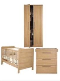 Mamas & Papas Rialto Nursery Furniture (Cot / Cotbed, Wardrobe, Drawer / Changing Unit)