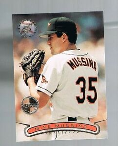MIKE-MUSSINA-6-ORIOLES-1996-topps-stadium-club-members-only