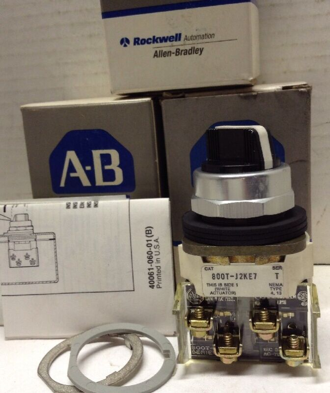 Allen-Bradley Selector Switches 3-Position Maintained LOT OF 10