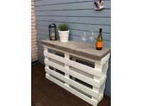 Outdoor Garden bar/table