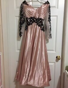 Size 2 Pink and Black Formal Prom dress