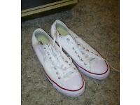 Converse size 10
