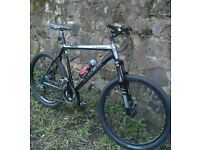 🚵TREK 6000 SIZE L, COMES WITH HANDLEBAR REMOTE LOCKOUT FORKS AND 27 SPEED SLX GEARS, £190