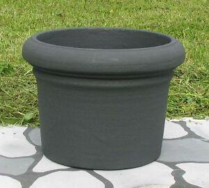 vaso cilindro in resina per piante da giardino terrazzono