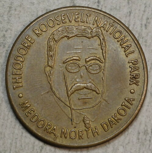 Good Luck Token, Souvenir of Teddy Roosevelt National Park, Medora, Dakotas  -97