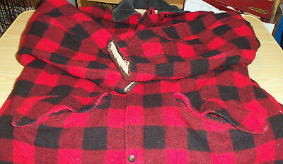 81913b8702c99 Skagway Sportswear Eugene Usow Red & Black Plaid Wool Hunting Coat - Game  Pocket
