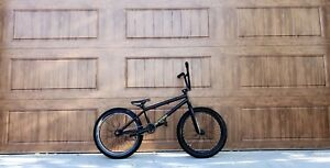 PRICE PRICED. $500value. Bmx all new high Q parts