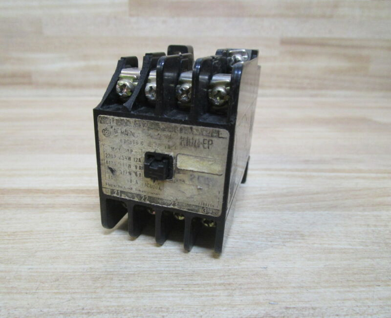 Hitachi 210G-EP Contactor Chipped
