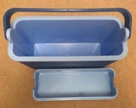 Slimline cool box