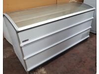 Curved lid Novum 601L CATERING COMMERCIAL CHEST FREEZER